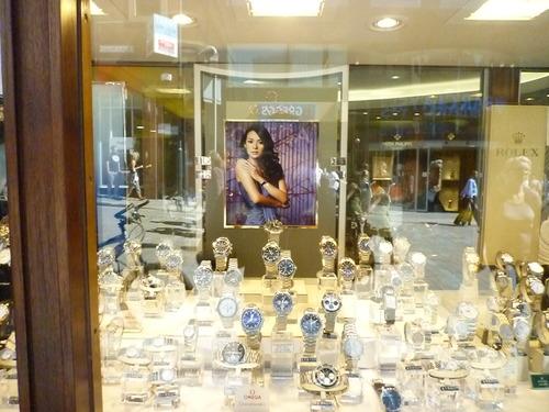 章子怡和Omega,那些表至少都卖到1万人民币